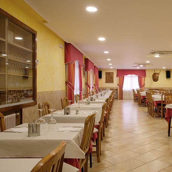 cazador_restaurante_02